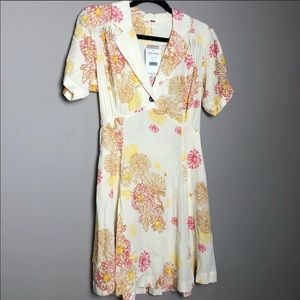 LAST CHANCE! NWT Free People button collared dress